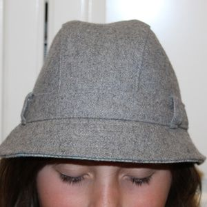 New NWT Gap Women M/L hat wool blended